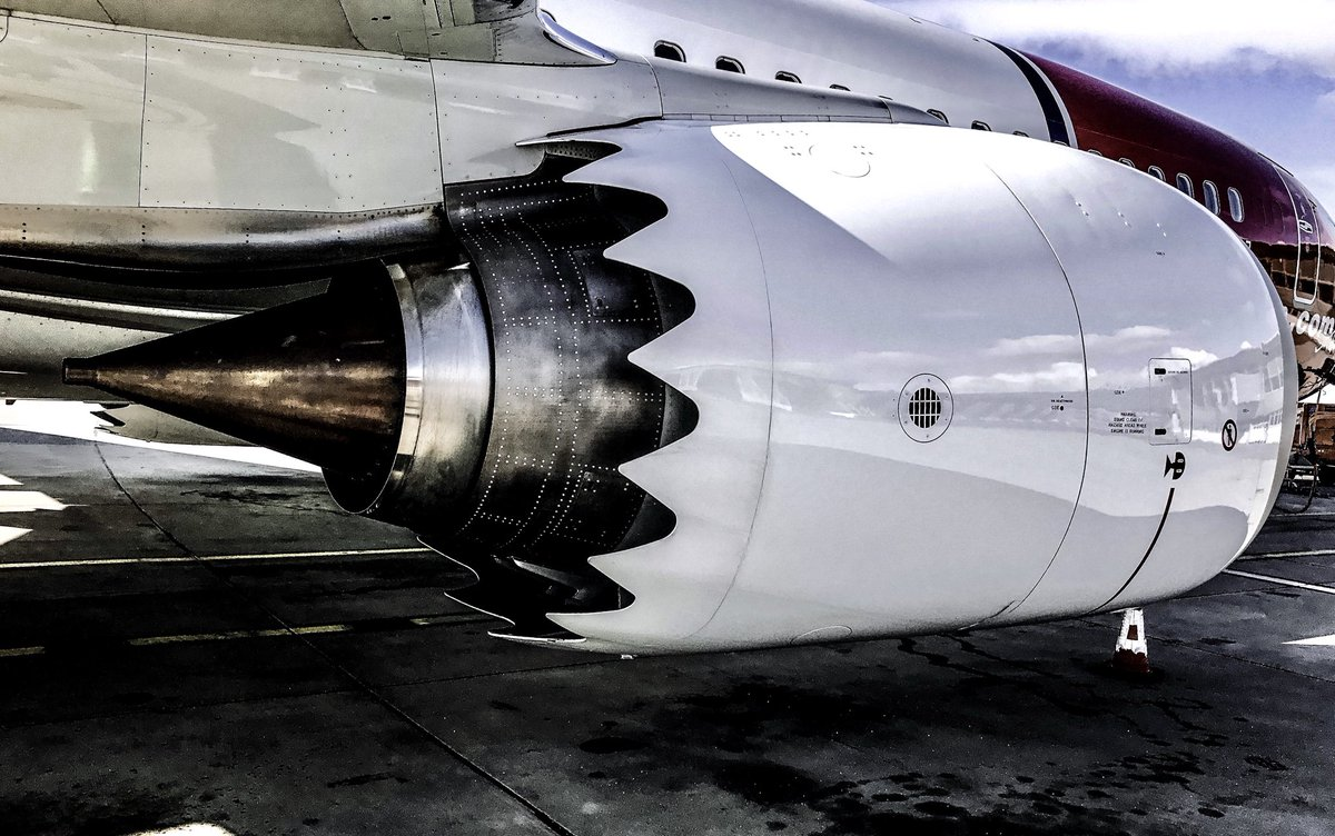 I miss you bae #PilotsView #Boeing #737 # pic.twitter.com/0b7zIcrbPL