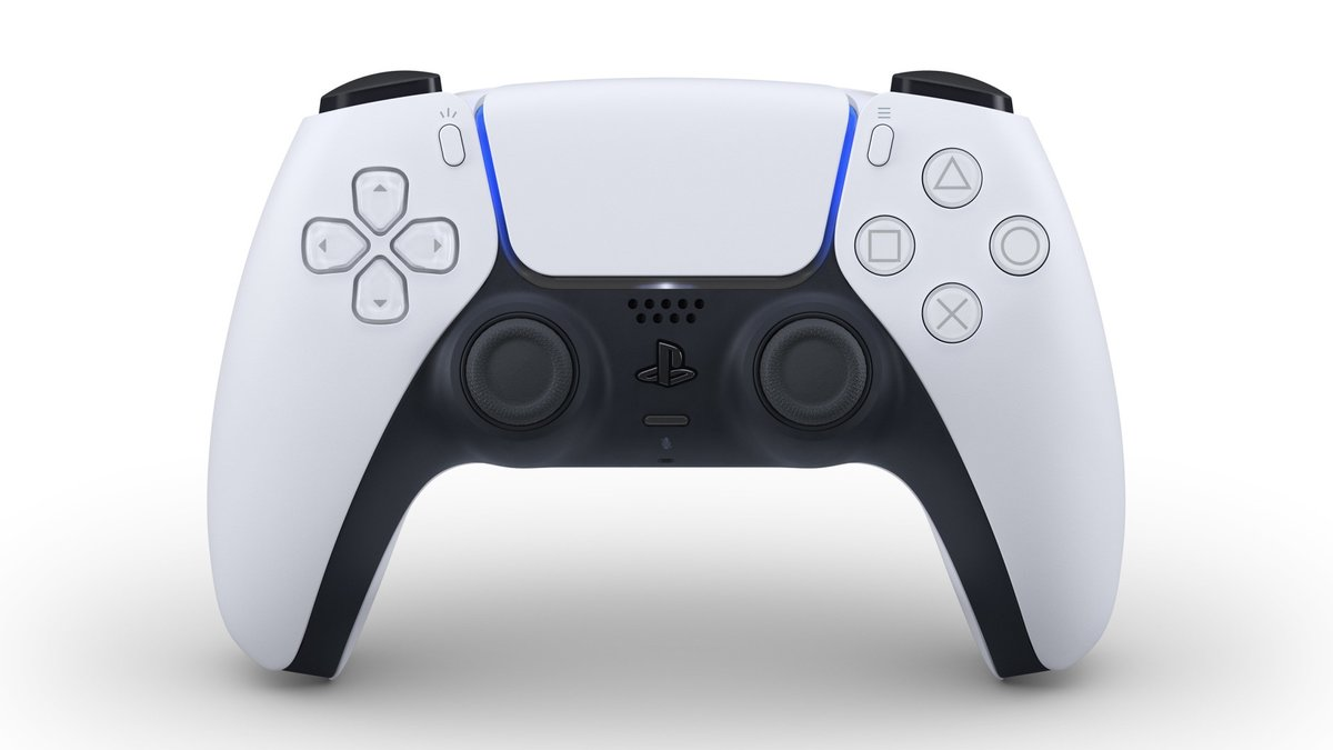 With DualSense PS5 controller we can feel everything. So we will feel everything while playing GTA 6! #GTAVI #GTA6 <br>http://pic.twitter.com/us0AJg74Yo