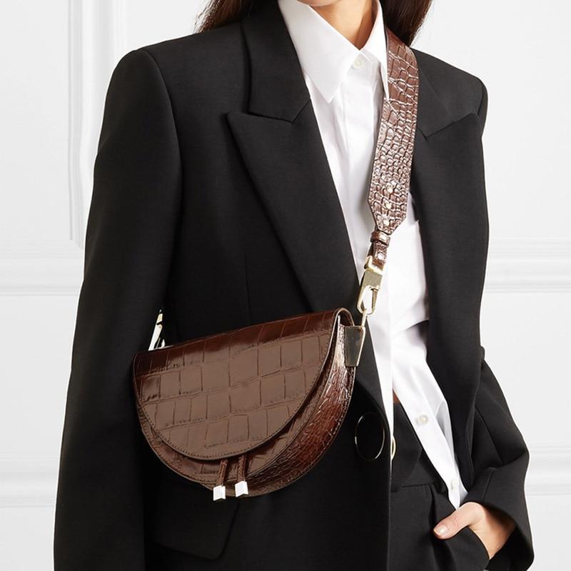 Tap https://shortlink.store/LkDZL9VoLe  to shop Alligator Crossbody Half Circle Cover Shell Pu Leather Luxury Handbag . . http://www.klozetstyle.com #klozetstyle #style #fashion #outfit #shop #cuteoutfit #womensclothingpic.twitter.com/6k0yrDtxf9