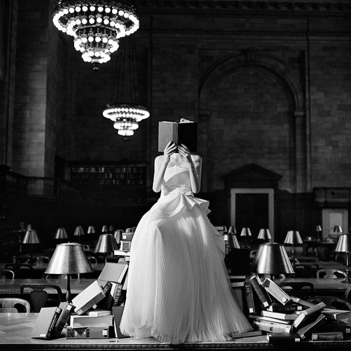 Libro ~ Liber ~ Essere Liberi  #IoPreferiscoLeggere #IoLeggo #book  #photo Rodney Smith #photography #photooftheday #blackandwhitephotography   #29maggiopic.twitter.com/rBRunUnIqj