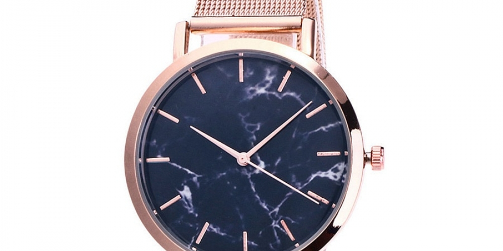 #watchoftheday Women's Mesh Metal Wrist Watches  https://luxrywatches.com/womens-mesh-metal-wrist-watches/ …pic.twitter.com/KY8GfppkIj