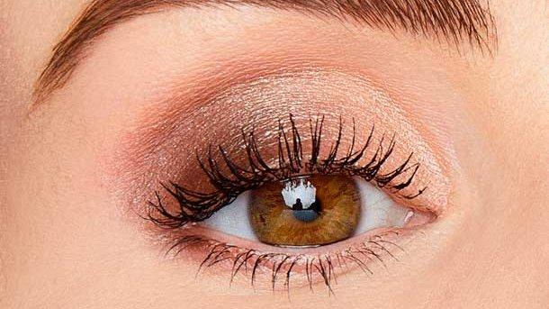 tarte maneater palette eyeshadow look! Tap for more: https://www.stylishbelles.com/tarte-confessions-of-a-maneater-eye-cheek-palette/…   @stylishbelles  #tarte #tartecosmetics #tarteblush #eyeshadow #eyeshadowpalette #Eyeshadows #eyeshadowpalettes #eyeshadowlook #eyeshadowswatches #eyeshadowlooks #eyeshadowpalletepic.twitter.com/tBt516HTIk