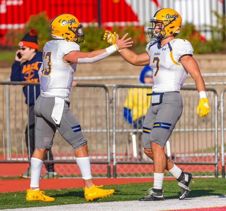 Play for the men standing next to you #theAUGIEway