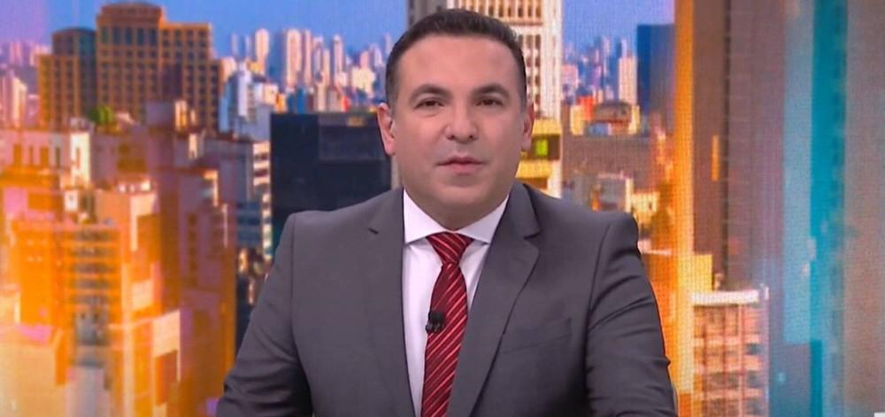 Reinaldo Gottino se demite da CNN Brasil e volta para a Record como estrela > https://t.co/Zv2WAE6TDq https://t.co/YPqcewk952