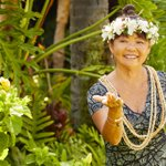 Image for the Tweet beginning: From lei making to Hawaiian