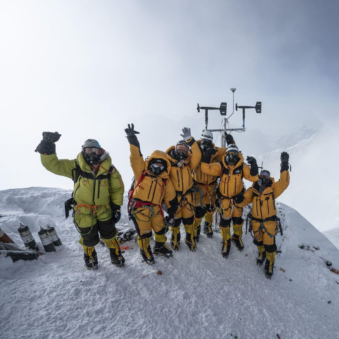 Fast forward 66 years later: This image was taken on the National Geographic and @Rolex #PerpetualPlanet Everest Expedition in 2019 where the team installed the highest weather station in the world to help study climate change. #EverestDay Photo by: Mark Fisher https://t.co/CpxlxEvVpj