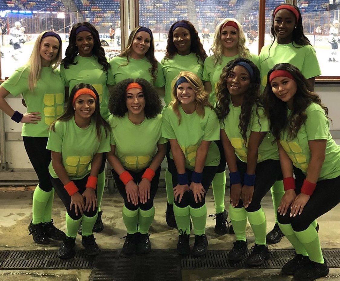 #flashbackFriday to our Ninja Turtle theme for Halloween N' Hockey night! We miss the ice!!! #fearthefox🦊 #lovethehunnies👯♀️