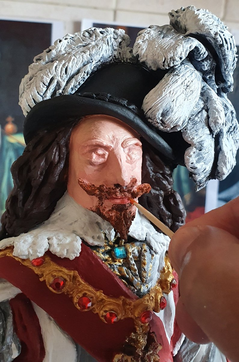 I can't deny...the pressure is on. Wish me luck! Beard painting my King Charles I statue  #Statue #CharlesI #Make #Clay #Isolationcreation @StlArtMuseum #Fashion #Cavaliers #Beard #Bearded #moustache #colours #Artpic.twitter.com/7JNmla1l4O – at Sutton Park