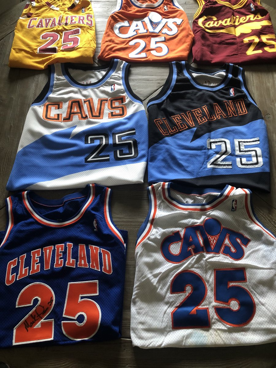 Doing a little spring cleaning and came across my jerseys while playing 9 years for the ⁦@Cavs⁩! Great memories! Question is, Would they still fit? #Cavs50 https://t.co/UksY2SsLBd