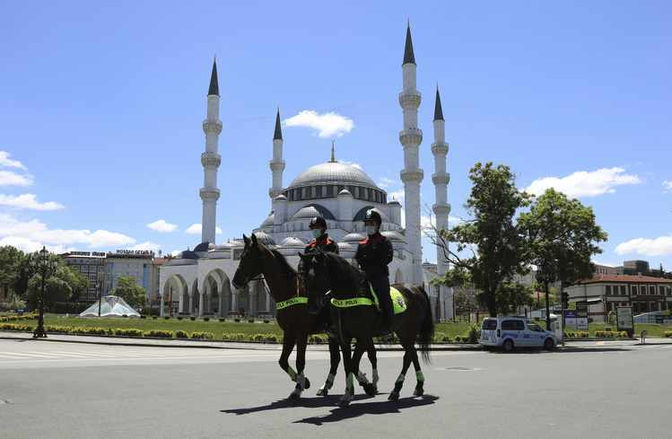 Is Turkey on Moderation Path in Its Foreign Policy? | RealClearPolitics #turkey realclearpolitics.com/2020/05/26/is_…