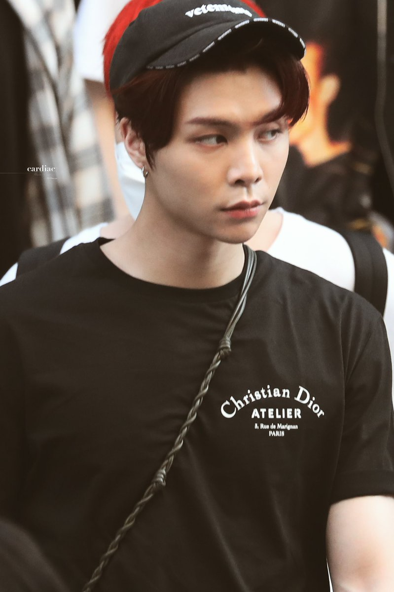 ♪ Complainer - Cold War Kids  #JOHNNY #쟈니  #NCT127 #엔시티127 #NCT #엔시티pic.twitter.com/yI3XmmHJd6