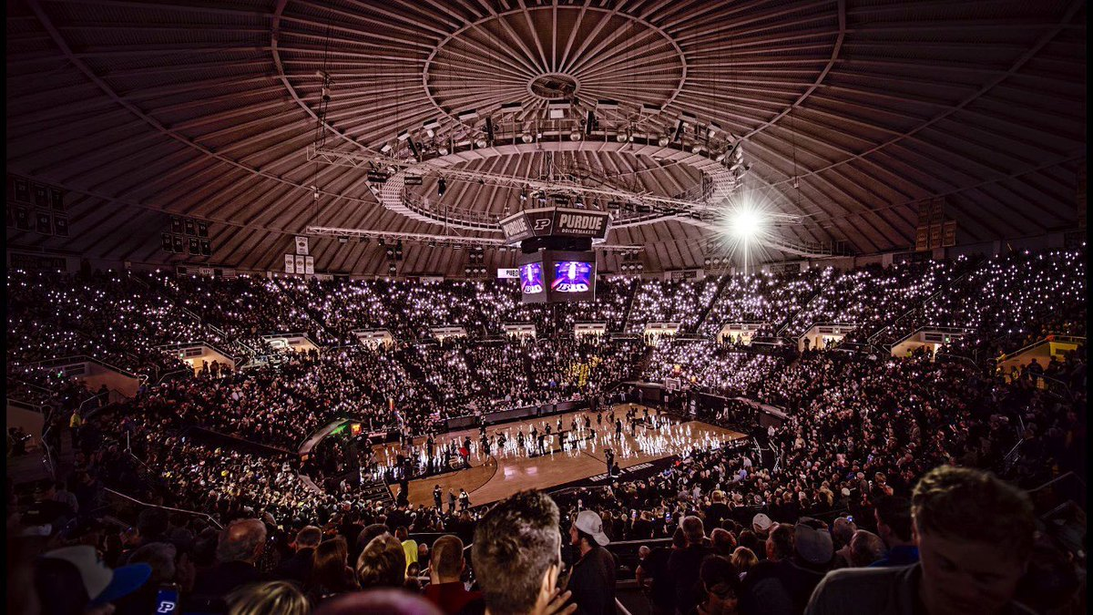 Agreed! And playing in the @B1GMBBall @bigten inside always packed #MackeyArena in front of the loudest fans is 2nd to none. #BoilerUp #HammerDown #ChooChooMuthas https://t.co/FXOOq7vqyE https://t.co/N96XDZ0ujS