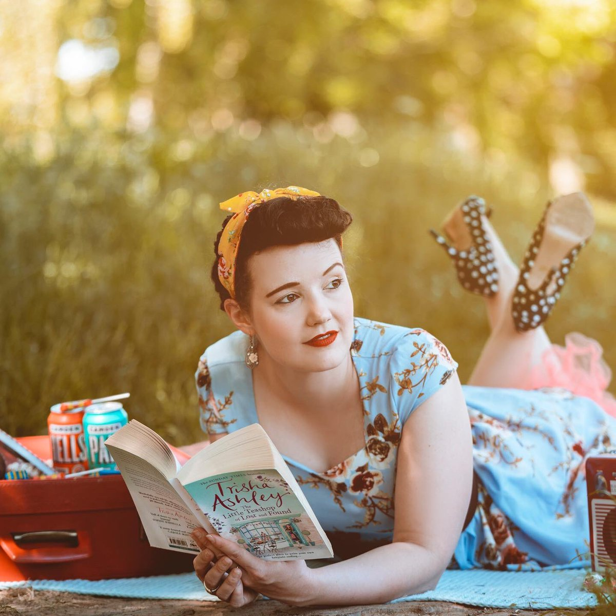 1940's picnic shoot. photography: Diversity Photography Model and HMUA: @laurenkmay  dress:@SHEIN_official shoes:@PhaseEightPR  headscarf:@COSYCLUB  #model #actorlife #1940sfashion #scoutme #SocialDistancing #picnic #britishcountrysidepic.twitter.com/g9ADZhn3k7