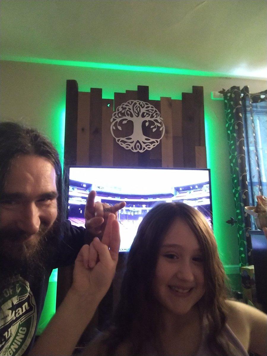 Live in the living room! @DropkickMurphys #streamingOuttaFenway