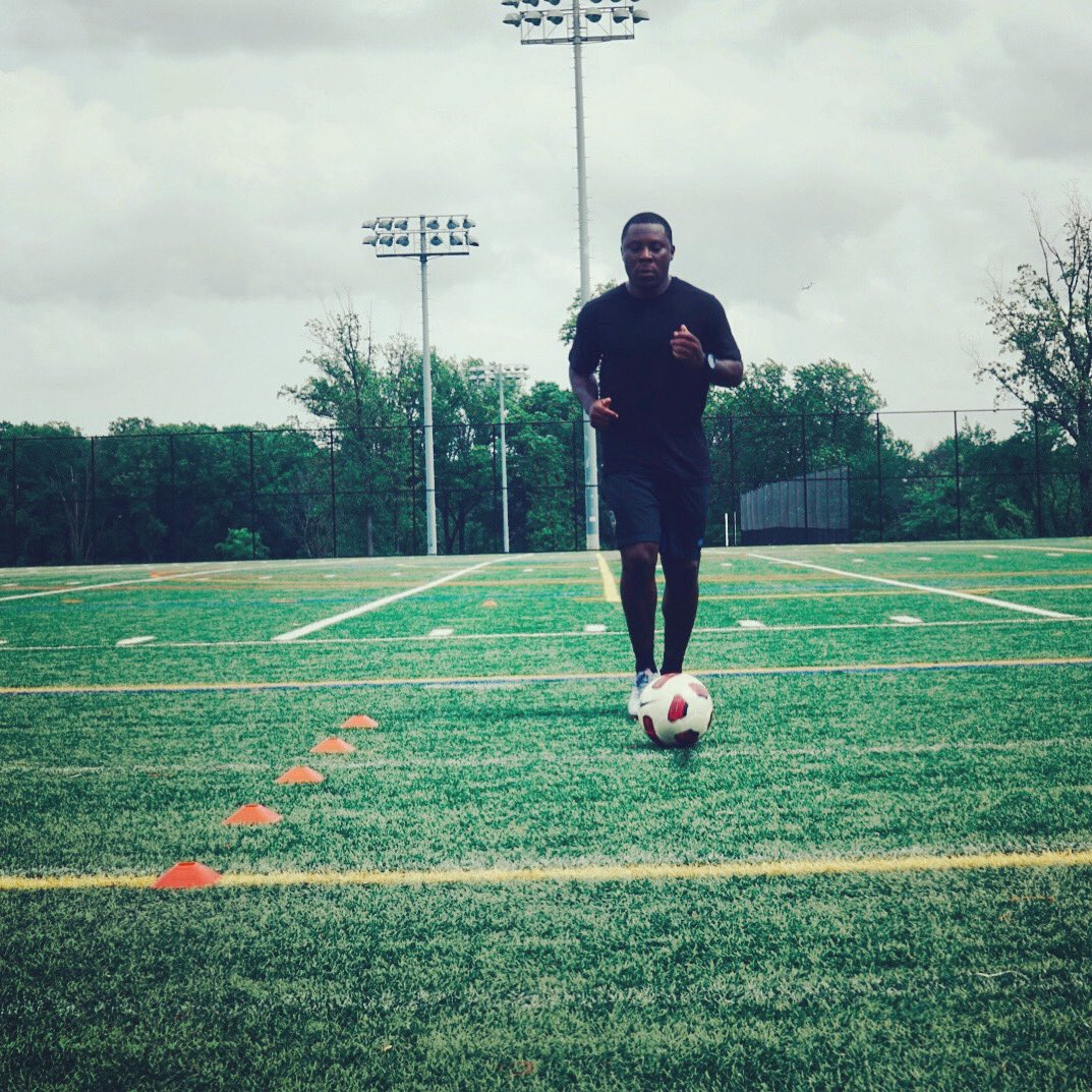 After many years of grueling lower back pain thank God I am finally pain free 💪🏾⚽️ https://t.co/6yQjlYMi7G