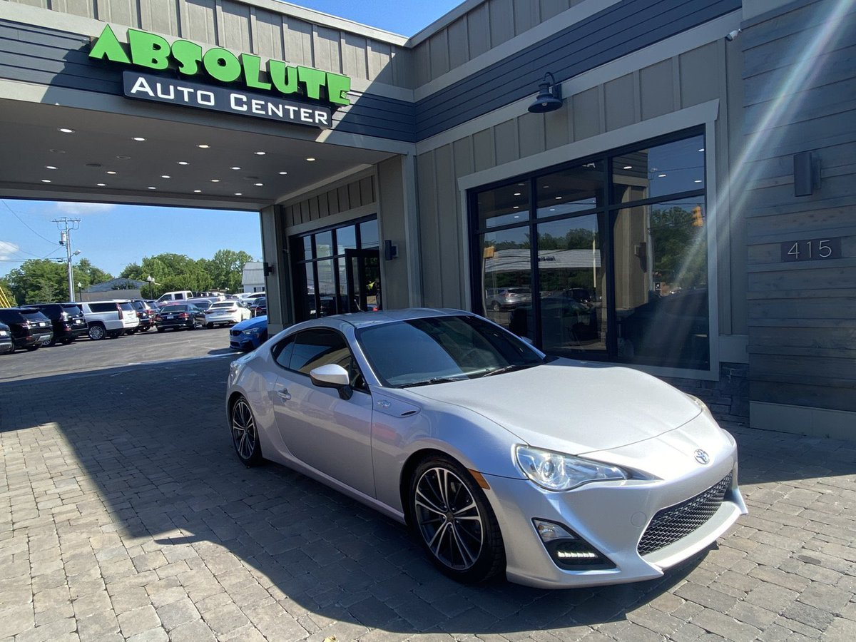 2013 Scion FR-S  60,664 miles $13,999 2.0l   4 cylinder  6-Speed Manual  $13,999  #AbsoluteAutoCenter  #scion #toyota #frs #murfreesboro #murfreesborotn #mboro #nashville #nashvilletn #nashvillegram #middletn #middletennessee #mtsu #usedcarsforsale #usedcars #preowned https://t.co/WFJFHAfNtu
