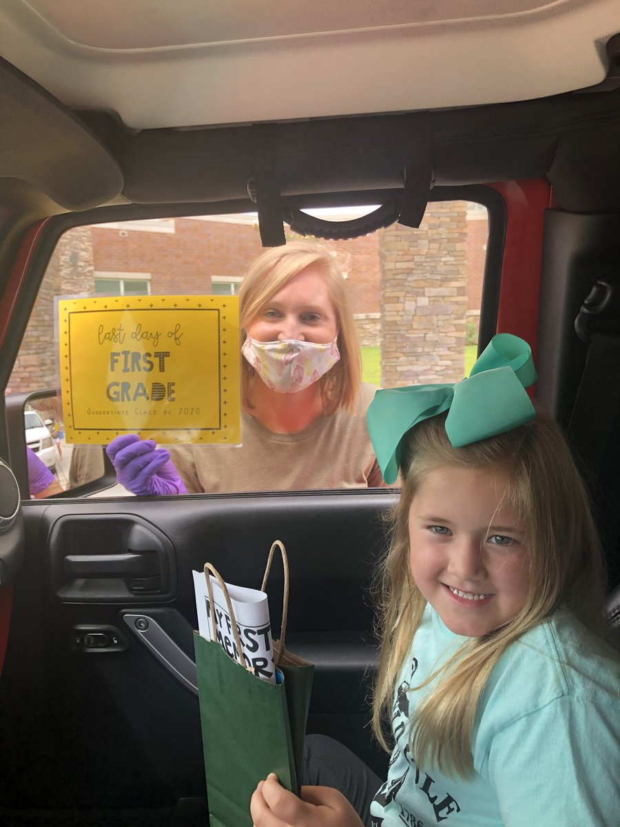 [F•I•R•S•T] grade is a wrap 💚 @HaliHendricks will miss you and thank you for the sweet gifts for my girl!   #rockycreek #rangers #rollingintosecondgrade #onerce #schoolsoutforsummer #coronacation #2020 https://t.co/dhZ4a1DwG7