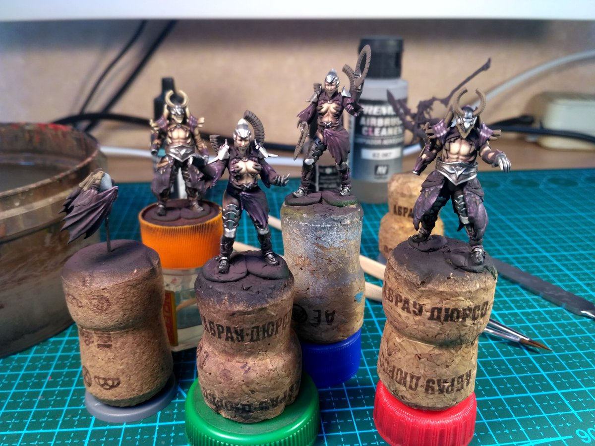 Andrey Skidchenko On Twitter Working On Dragon King Armor Set Kingdomdeathmonster Paintingkingdomdeath Kingdomdeath Paintingminiatures Wargames Scale75 Paintingkingdomdeathmonster Https T Co Igb1kvvaow There are many types of armaments in dragon quest viii. twitter