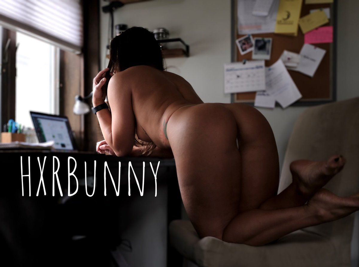 Go follow @HXRBunny 🔥🔥 Amazing body and professional nudes! onlyfans.com/hxrbunny