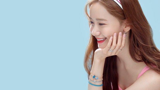 Happy bday Im Yoona bias andalankuuu