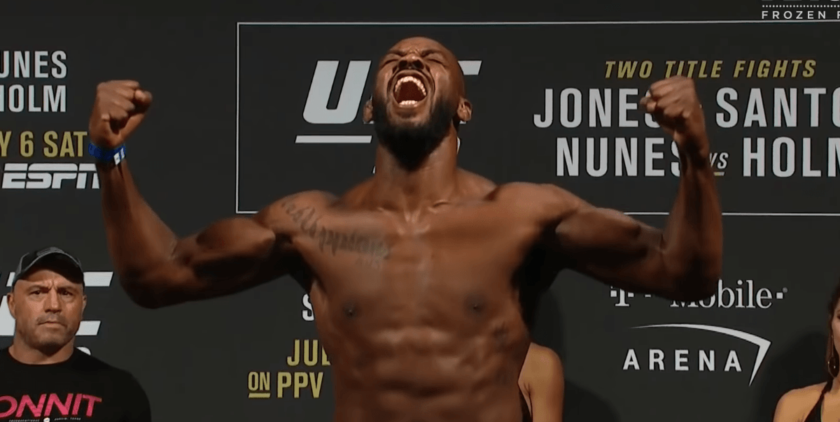 Jon Jones Dares #UFC to Release Him, as Tensions With Dana White Escalate - https://t.co/Q6RWIGCxV3 #MMA https://t.co/BySPG7Sa5B