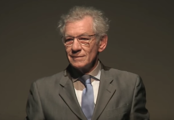 Ian McKellen Reads a Passionate Speech by William Shakespeare, Written in Defense of Immigrants   https://t.co/O2mjsPBXsa https://t.co/XpX7XO49rk