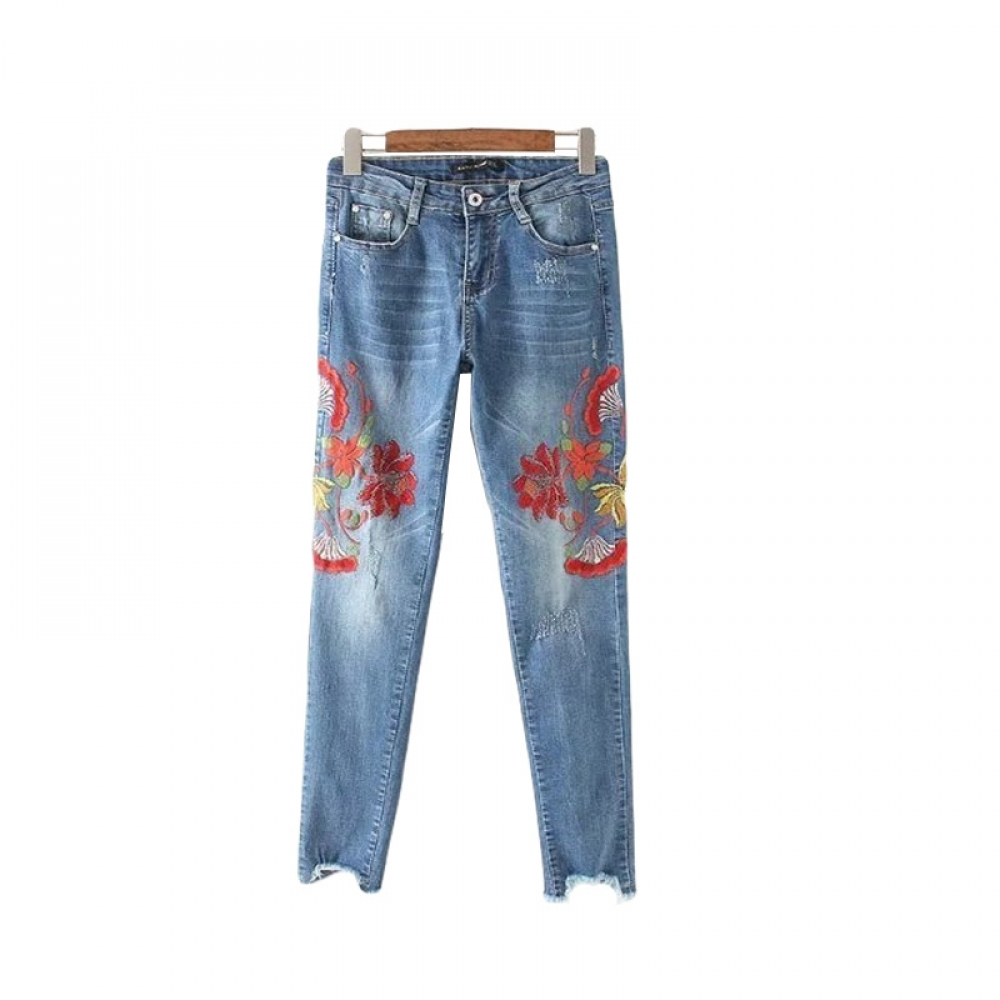 #coaching #beachbody Summer Fashion Women's Jeans with Embroiderypic.twitter.com/thKSbiAsT4