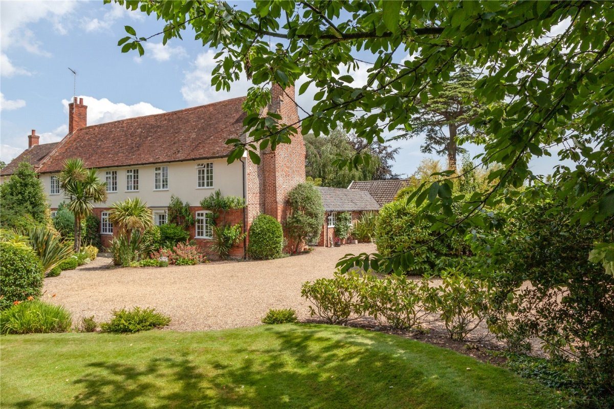 New launch with our #Ipswich branch.  Tower House sits in a secluded spot adjacent to the iconic Freston Tower, with commanding #views over the River Orwell. Guide of £850k.  Click to explore more of this exceptional #Suffolk home: