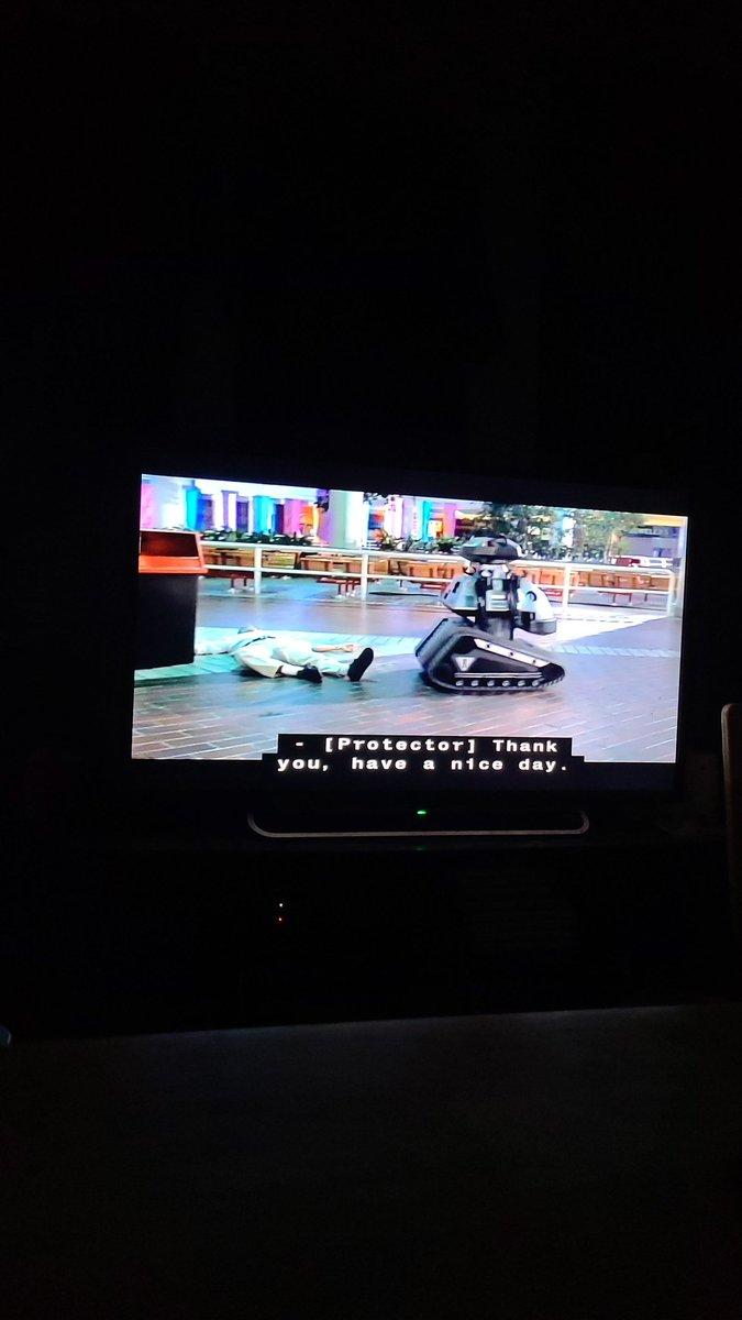 Watching Chopping Mall on TCM, what a way to end the night! #MutantFam #choppingmall @barbaracrampton @Kellimaroney https://t.co/zrS7KidLY3