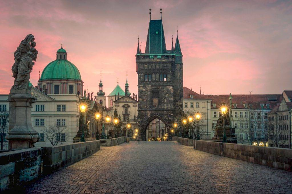 10 Unmissable Things to do in Prague - travel.prwave.ro/10-unmissable-… #prague #czechrepublic #travel