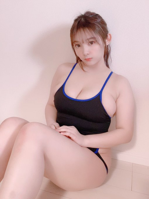 グラビアアイドル工藤唯のTwitter自撮りエロ画像30