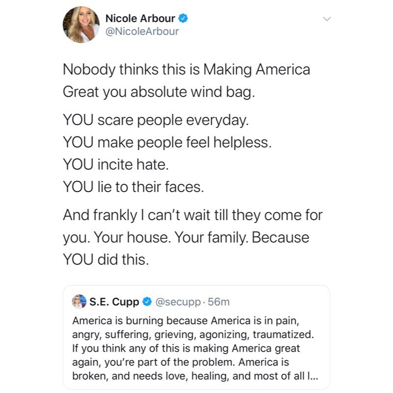 This is disgusting @NicoleArbour   How dare you mention @secupp's family this way.   Are you threatening her and her family? https://t.co/r9VsU0jAjd
