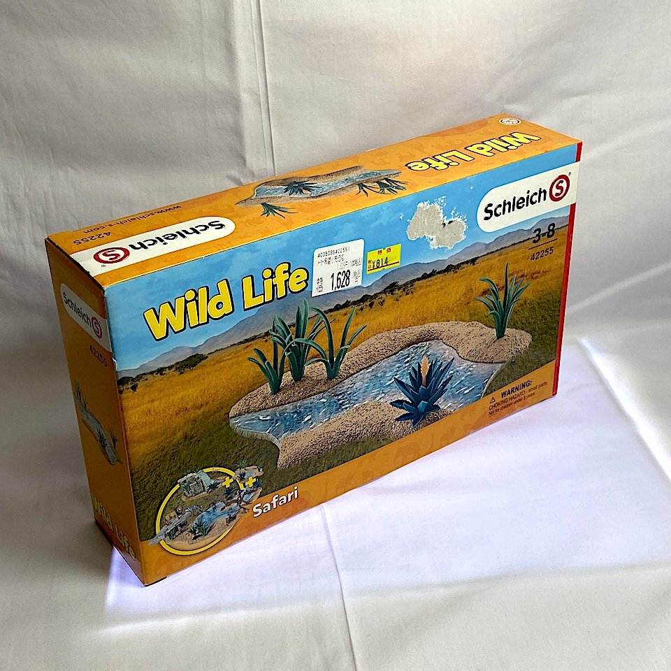 Wild Life 42255 税込814円 シュライヒの川の情景セットを買いました。  思っていたより大きいです。 #schleich pic.twitter.com/lwp003uLOl