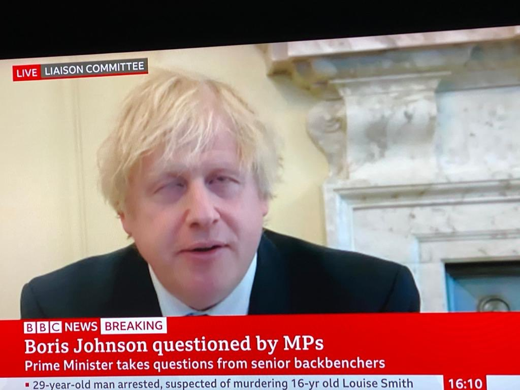 Hypocritical and Pompous Imbecile defending an indefensible low life called Dominic Cummings I want to puke #covidshambles #brexitshambles https://t.co/XD8ucrPktu