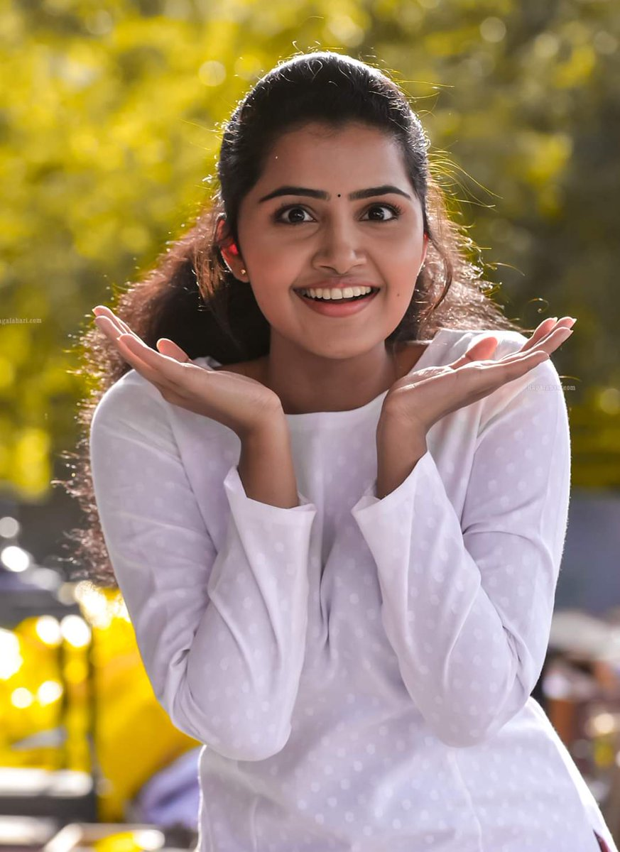 Expression @anupamahere #AnupamaParameswaran  #Anupamapic.twitter.com/LLYKbR6dMP