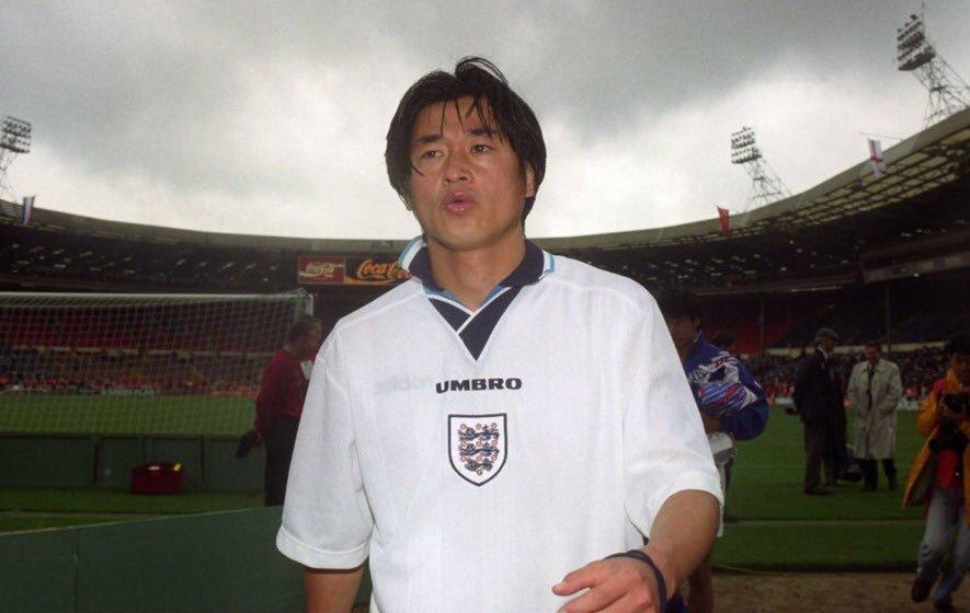 RT @90sfootball: Kazuyoshi Miura wearing an England shirt, 1995. https://t.co/rnmU2I2nP9