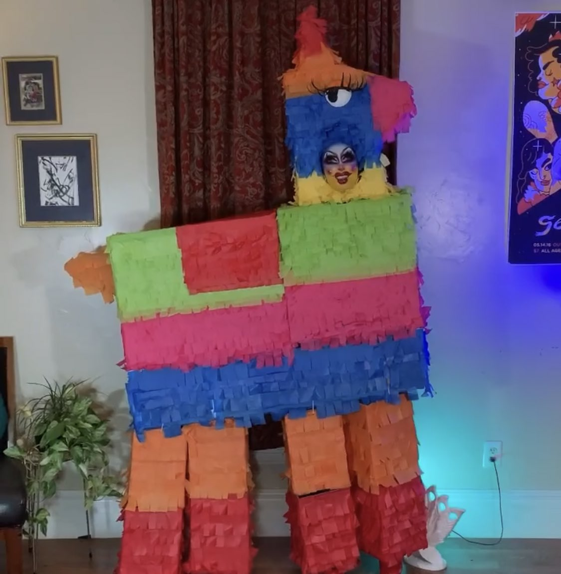 I am just IN LOVE with the fact that Crystal Method turned up to the #DragRace finale as a whole god damn PIÑATA