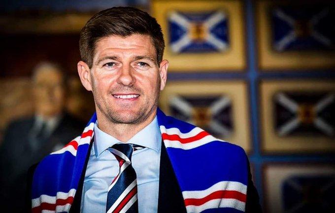 Happy 40th to a football icon! 🎂 #stevengerrard | #RangersFc | #LFC