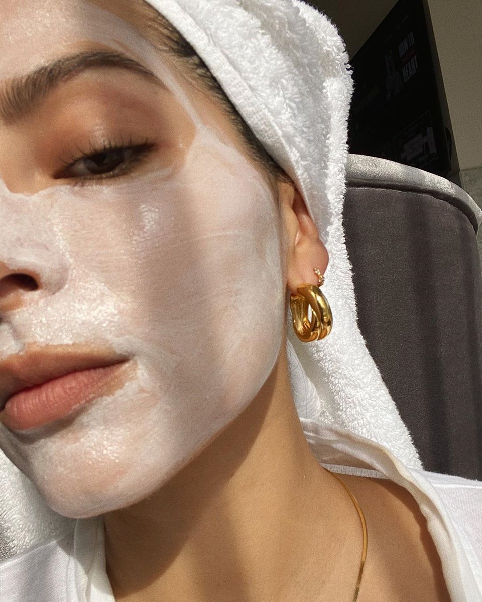 Saturdays are for masking with @RENskincare  PamArias pic.twitter.com/idt8yXWsc2