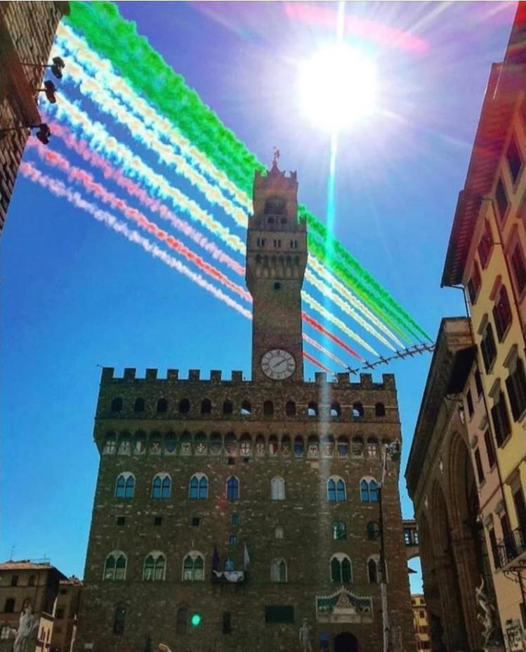 Italian airforce #FrecceTricolori (Tricolour Arrows) #Florence #italia #Toscana
