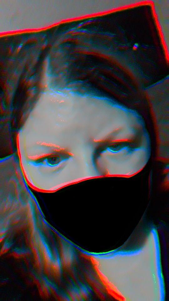 I love the glitch effect  #snapchat #glitch #Filter pic.twitter.com/Pr9NsxRoj1