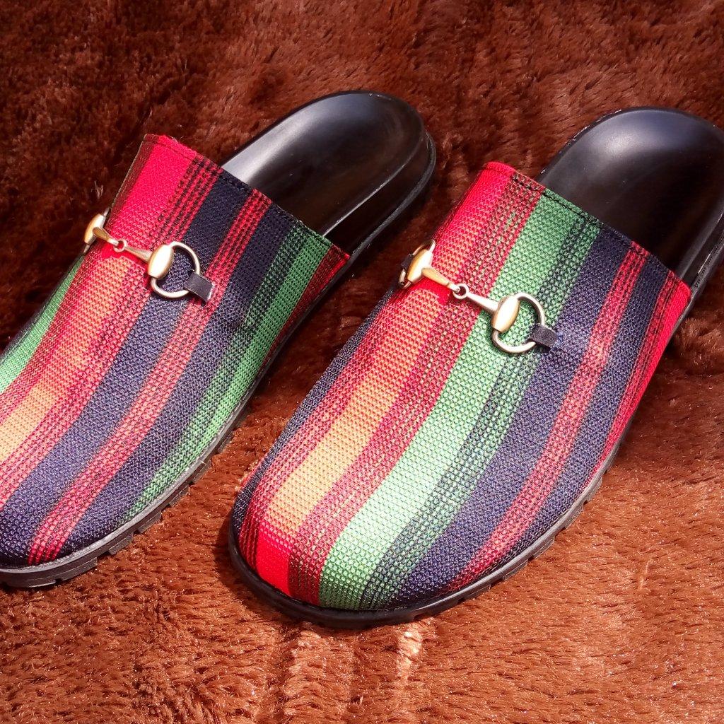 Mules Alert!!!!! #yascofootwear #yascofootwearnigeria #madeinnigeria #madeinafrica #abujastyle #abujawedding #abujababes #abujabusiness #abujaconnect #abujafashion #muleshoepic.twitter.com/CbxbG3u4KQ