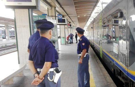 Migrante irregolare a Catania, arrestato ed espulso dal territorio nazionale - https://t.co/peCFlrjddh #blogsicilianotizie