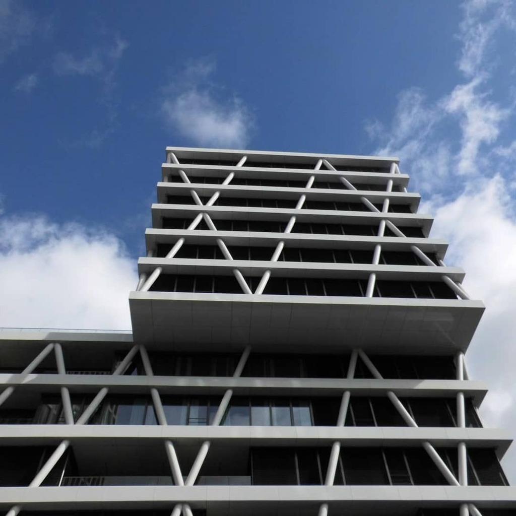XAI  #architecture #urban #berlin #edsax #rawarchitecture #lookuparchitecture #architecturamx #contemporary #architecturephotography #1_architecture #archi_focus_on #berlinstagram #bestofberlin #fascade https://instagr.am/p/CAztP9uqmiA/pic.twitter.com/nnVRp10ikH