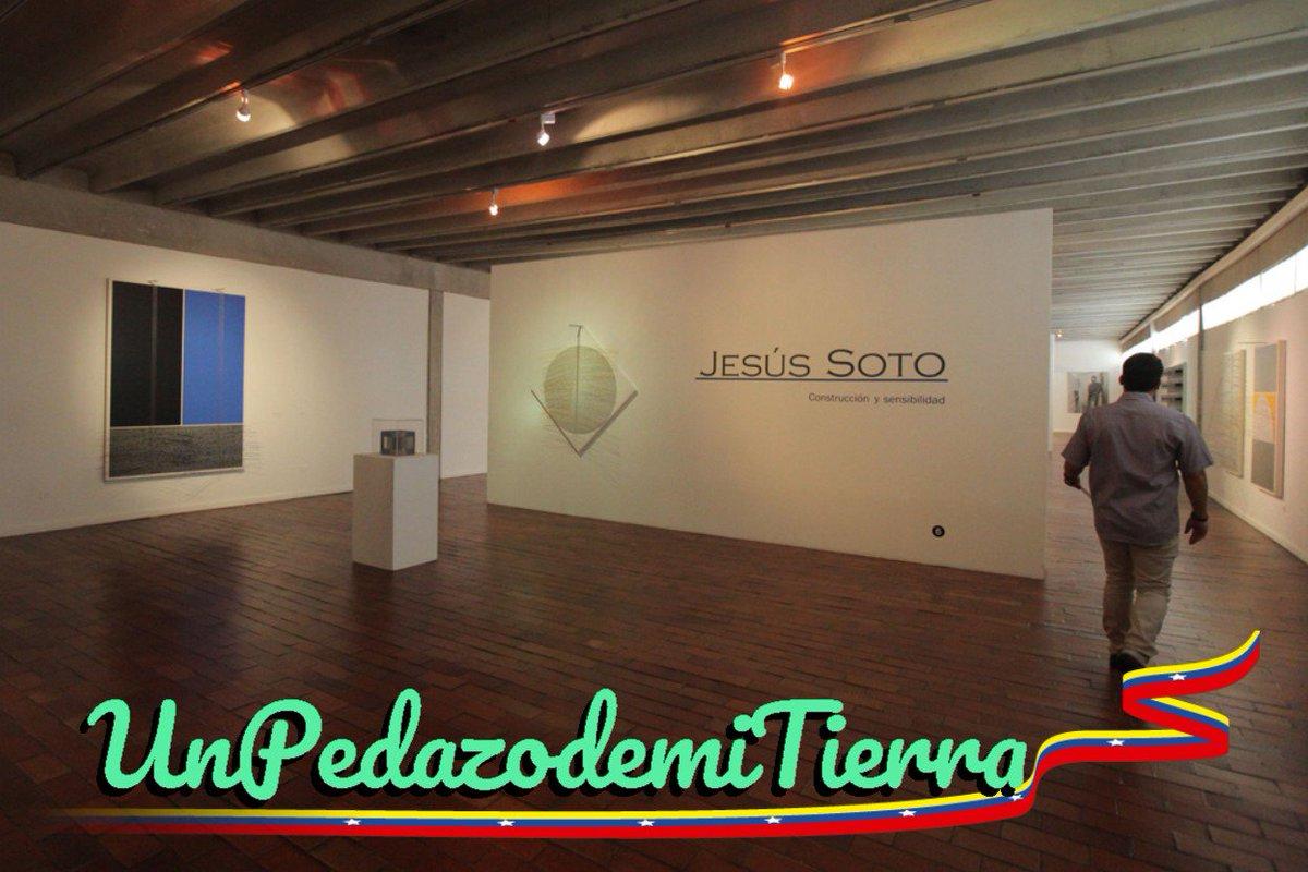 ¿Conoces el Museo de Arte Moderno Jesús Soto?. Está ubicado en #CiudadBolívar, edo. #Bolívar y fue proyectado por iniciativa del gran artista cinético Jesús Soto. Su colección se compone alrededor de 700 obras del mismo y de unos 130 artistas más. #Venezuelapic.twitter.com/I6XPQxXvN9