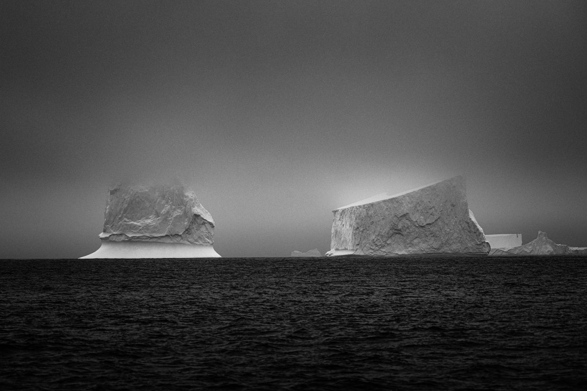 Antarctica in Black & White. #blackandwhitephotography #BlackAndWhite #blackandwhiteart #blackandwhiteartpic.twitter.com/EVvhpMhK0i