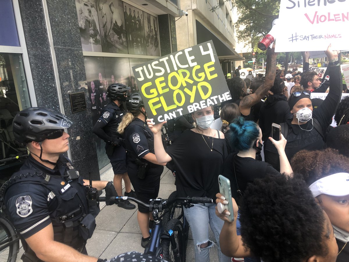 BREAKING: As protests stage around the nation, hundreds of demonstrators have gathered outside the Tampa Police Department headquarters and marched to Curtis Hixon this morning following the death of George Floyd. Follow our reporter @ByJoshFiallo for continued coverage.