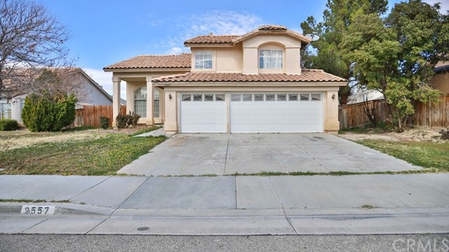 If you've been holding out for the perfect home, look no further. #homesweethome #newhome  http://cpix.me/l/98229675  LETICIA ESPINOZA | BRE#01781223pic.twitter.com/o0AMtpoE1z