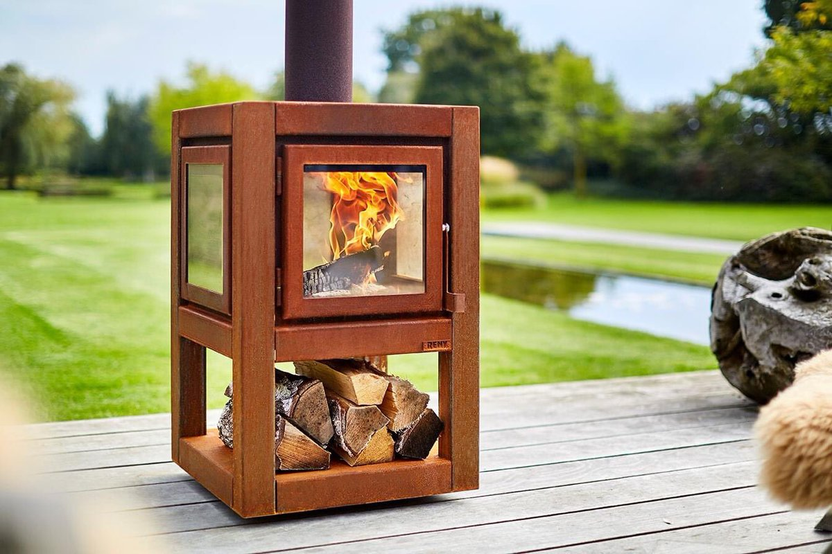 Suitable for ANY setting stunning #RB73 #outdoor #fire #stove on legs or wheels. Available to view in our #Cambridgeshire #Showroom soon #Garden #Lockdown #evening #entertainment #CSIpic.twitter.com/tEQY8VrgDr