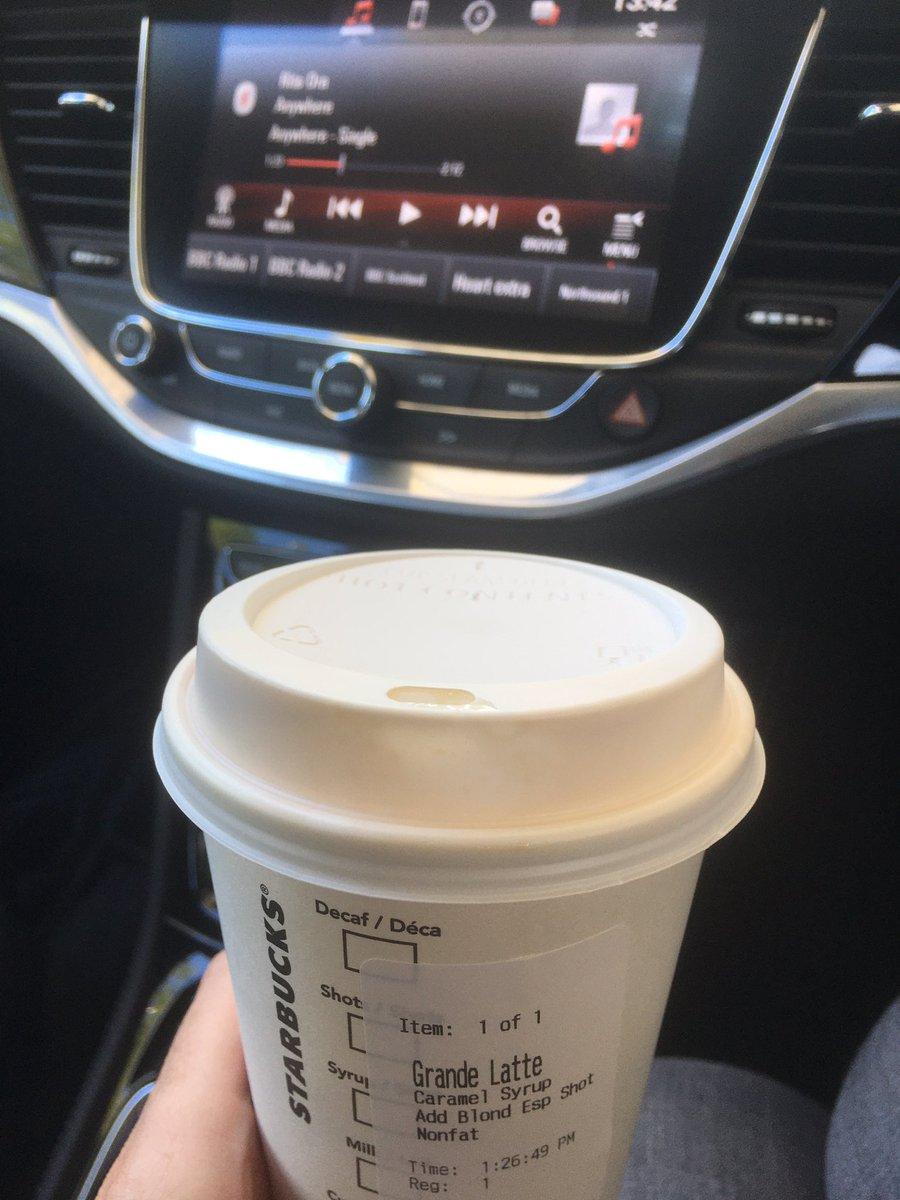Oh how I've missed u  #Starbucks pic.twitter.com/g7i9XwIuEo